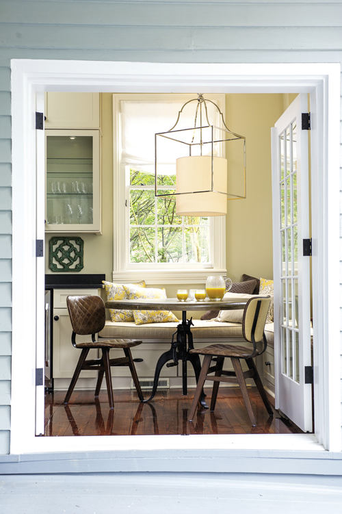 French doors connecting the breakfast nook and first-floor piazza allow the couple to enjoy the city's tropical climate during meals; when they entertain, they leave the doors flung open for easy inside-outside circulation.
