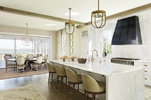 Scenic Living: Retractable doors in the kitchen and dining areas allow the adjacent rooms to function as one 800-square-foot indoor/outdoor living space.