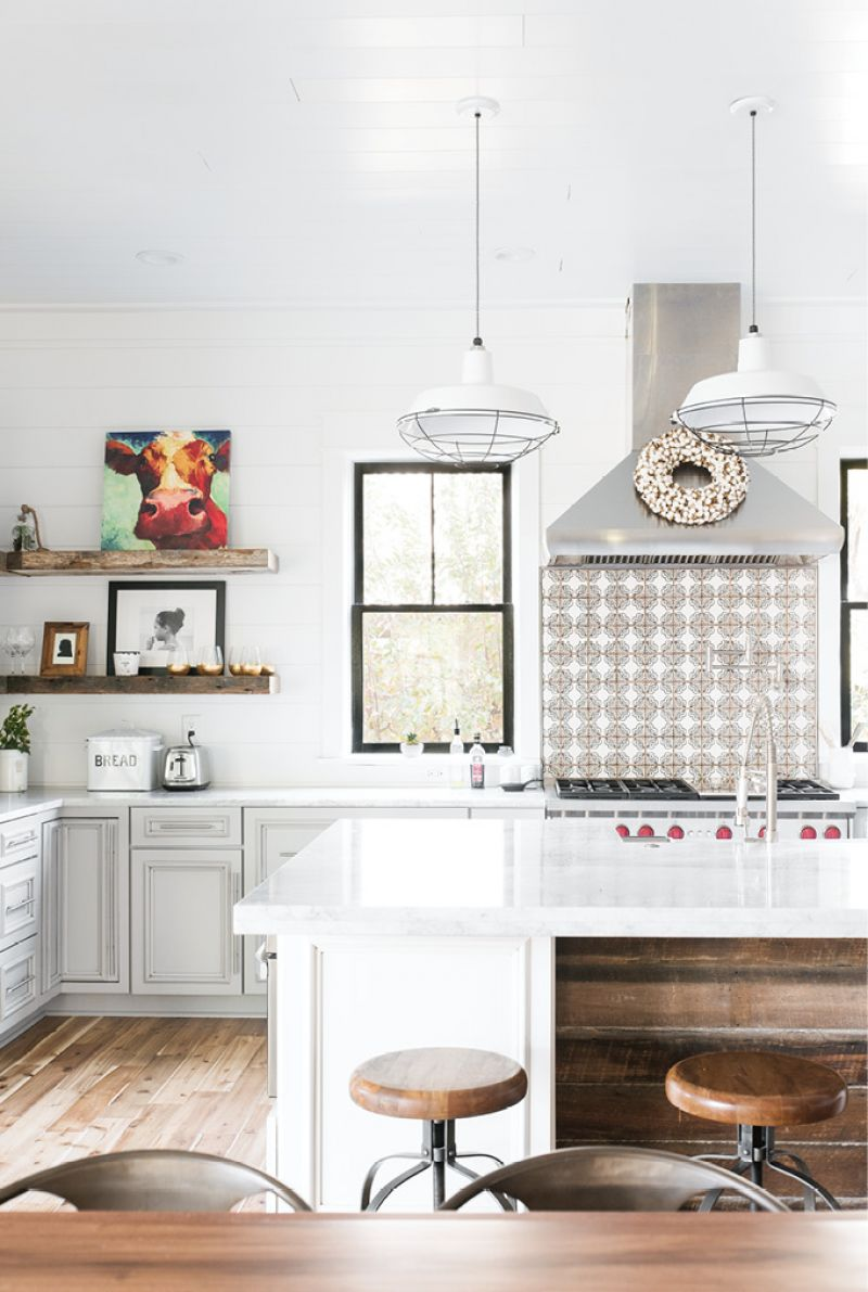Smart Buys: The kitchen is home to some of Melissa's favorite bargain finds, such as the vintage-looking tile from Overstock.com.