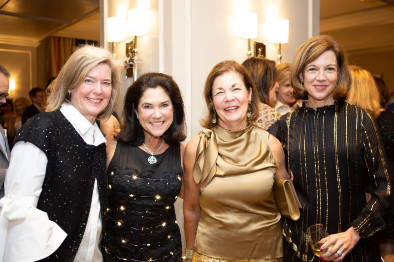 Scottie Neill, auction chair Leslie Richardson, Garden & Gun founder and CEO Rebecca Wesson Darwin, and Betsy Blue