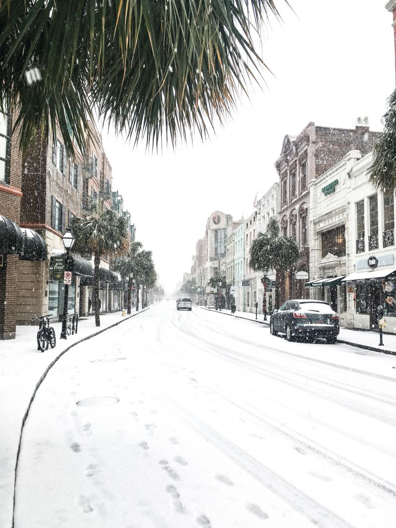 <strong>King Street: </strong>Not since December 1989 had Charleston seen such an accumulation of snow. The record-setting storm officially dumped 5.3 inches at Charleston International Airport, with the peninsula getting approximately four; <em>photograph by Molly Wickham</em>